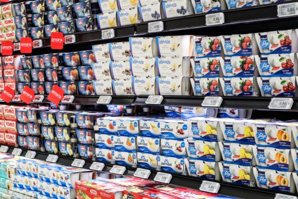 Dettaglio Etichette elettroniche Pricer e-paper al MEGA S. Maria di Sala (VE) Gruppo Unicomm installazione a cura di IBC srl