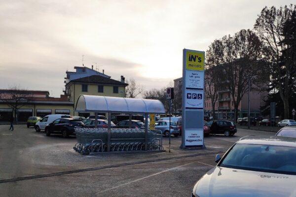 iN's Mercato a Carpaneto Piacentino
